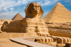 http-::arounddeglobe.com:top-7-monuments-egypt: