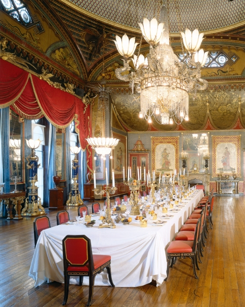 http-::brightonmuseums.org.uk:royalpavilion:whattosee:the-banqueting-room: