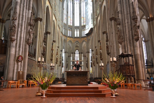 http-::www.anainvitation.com:tag:cologne-cathedral-altar