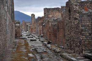 http-::www.jenniferlynking.com:2012:05:09:italys-lost-city-of-pompeii: