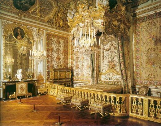 https-::en.wikipedia.org:wiki:Grand_appartement_de_la_reine