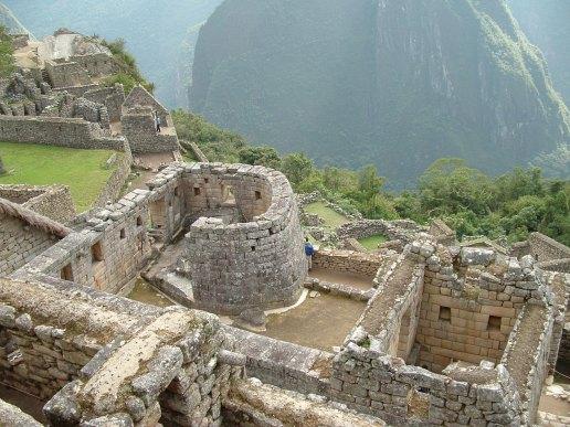 https-::en.wikipedia.org:wiki:Machu_Picchu