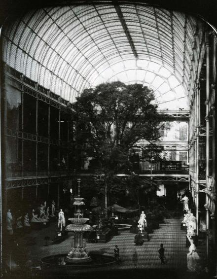 https-::rosswolfe.files.wordpress.com:2013:05:the_crystal_palace_at_hyde_park_london_1851_john_mayall_daguerreotype