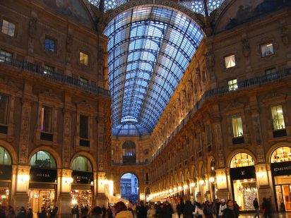 1024px-Galleria_Vittorio_Emanuele_II_-_evening