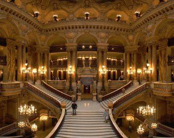 1024px-Opera_Garnier_Grand_Escalier